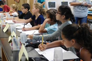 Attendees at a previous Science Camp for the Deaf and Hard of Hearing at Jefferson Lab.