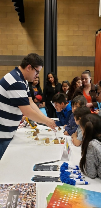 Participants at the Bilingual STEM Education Night