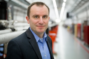 Mike Dunne, the director of the Linac Coherent Light Source (LCLS), works to ensure that about 1,000 researchers each year can use the LCLS to study some of the world's most essential chemical, biological, and physical processes.