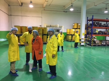 The Thailand Institute for Nuclear Technology Staff meet with instructors to prepare for a demonstration drill at the ASEANTOM training event.