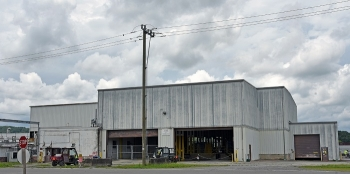 A view of the 30,817-square-foot K-1423 Toll Enrichment Facility at Oak Ridge before demolition began in August.
