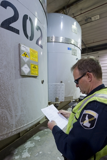 Each shipment to EM's Waste Isolation Pilot Plant must be cleared for travel by an Idaho State Police trooper following a thorough inspection.