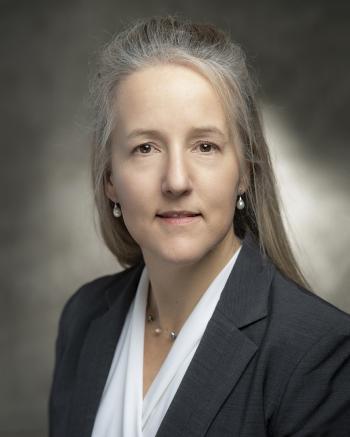 Julie Carruthers Headshot
