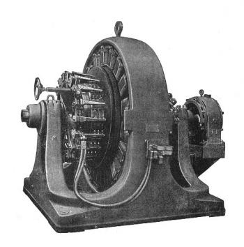 "A 1909 500-kilowatt Westinghouse ""rotary converter,"" an early type of inverter."