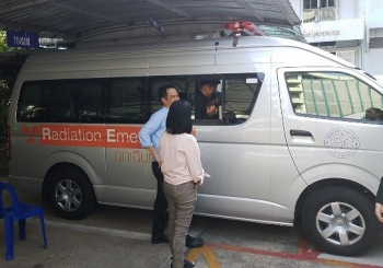 NNSA personal install SPARCS equipment in OAP response vehicles in Thailand.