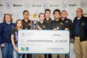 Lone Oak Middle School Team One took first place. Pictured left to right: DOE Paducah Site Lead Jennifer Woodard, Evie Maddox, Manav Shah, Owen Cody, Carter McReynolds, Cole Cannon, Coach Daniel Rushing and DOE Strategic Planner Buz Smith.