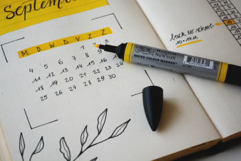 picture of a calendar and a highlighter