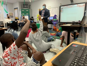 Savannah River Operations Office Engineer Joel Maul talks with students at Diamond Lakes Elementary School in Hephzibah, Georgia during a visit after several weeks of correspondence with the students.