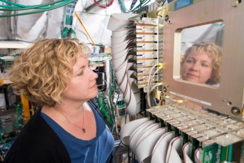 Fermilab neutrino scientist Jen Raaf studies neutrinos on MicroBooNE and DUNE.