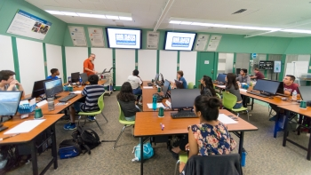 Michael Papka (left) helped lead Argonne's first Big Data and Visualization Camp over the summer.