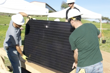 STEADYING SOLAR PANELS