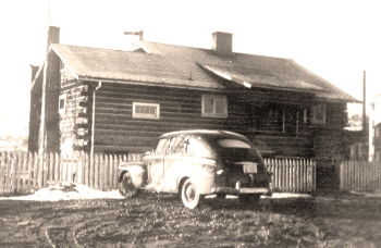 The log cabin at the Grand Junction, Colorado, Office, circa 1943.