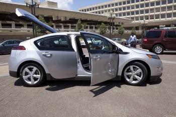Chevrolet Volt Slashing Carbon Emissions