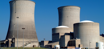 Photo of a nuclear power plant.