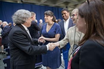 Secretary Moniz Meets DOE Employees