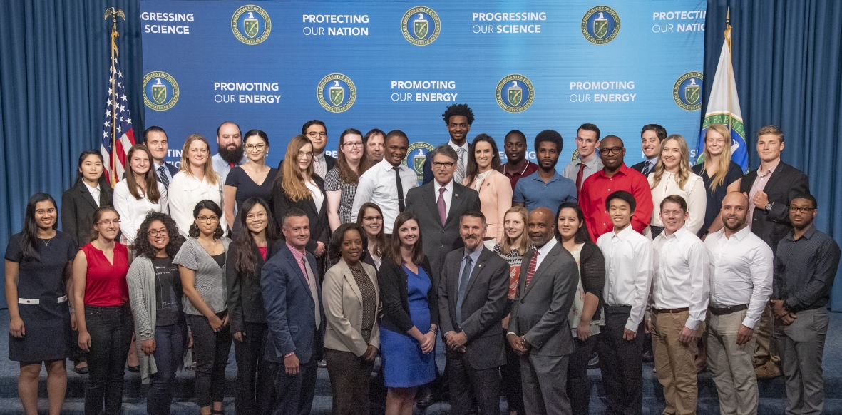 MEISPP Intern Class of 2019 with US Secretary Rick Perry
