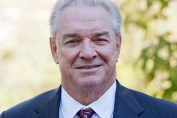 Dr. Michael Knotek