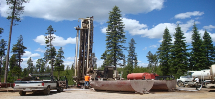 DOE Project Partner AltaRock Energy drills for geothermal energy at the Newberry Volcano EGS Demonstration site, near Bend, Oregon.
