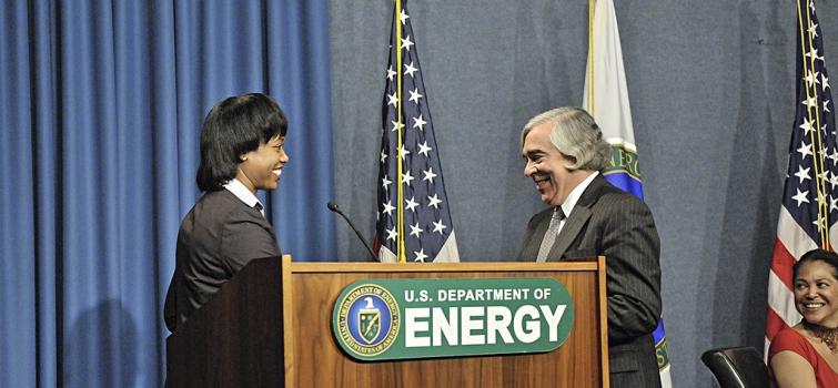 Secretary Moniz and Director Harris of Economic Impact and Diversity