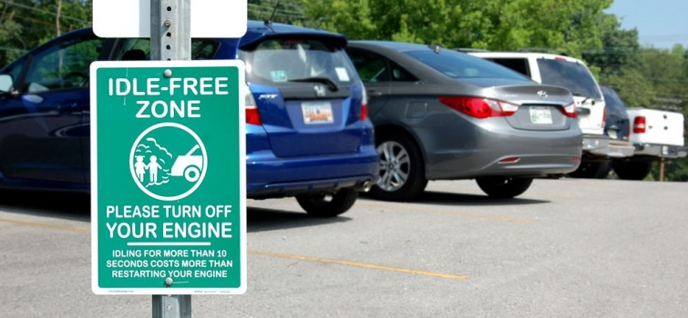 Reducing Vehicle Idling Time at School Helps Kids—and Parents—Breathe Easier