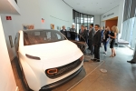 "Energy Department representatives visit ""Deep Orange 5,"" the fifth version of Clemson University International Center for Automotive Research's (CU-ICAR) industry-sponsored and student-led vehicle project. DeepOrange is a an innovative approach to engineering education, teaching graduate students a complete product development process. 