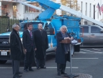 Secretary of Energy Ernest Moniz with the utility industry's first plug-in electric hybrid drivetrain Class 5 bucket truck at the White House event on November 18, 2014.  The truck, which is owned by Pacific Gas and Electric (PG&E), features up to 40 miles of all-electric range and electrifies all on-board equipment, including the boom.